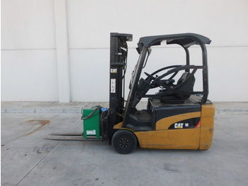 3-wheel front forklift CATERPILLAR EP18NT