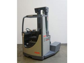TCM ERT 25-4D - 4-way reach truck