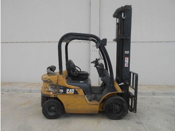 4-wheel front forklift CATERPILLAR DP20N