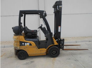 4-wheel front forklift CATERPILLAR GP18N