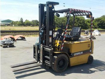 CAT EP30K - 4-wheel front forklift