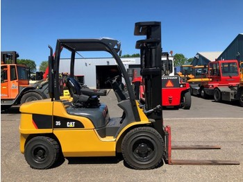 4-wheel front forklift Caterpillar DP35N