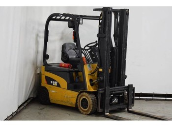 4-wheel front forklift Caterpillar EP16N