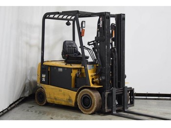 4-wheel front forklift Caterpillar EP25KPAC: picture 1