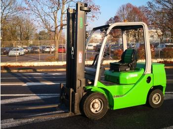4-wheel front forklift Cesab M325D: picture 1