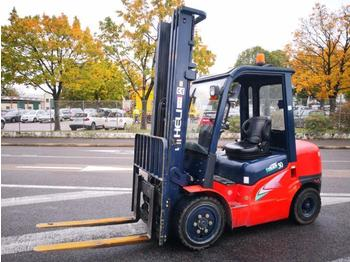 Heli CPCD30 - 4-wheel front forklift