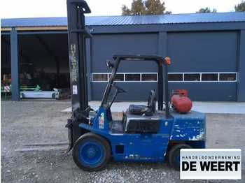 4-wheel front forklift Hyster 3 ton