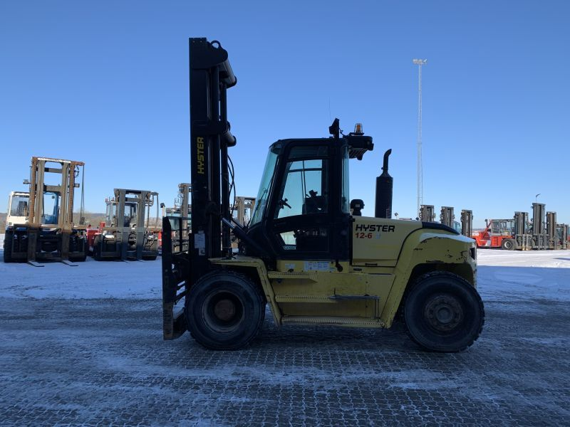 4-wheel front forklift Hyster H12.00XM6