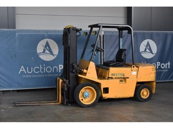 4-wheel front forklift Hyster H3.00XL