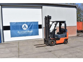 4-wheel front forklift Nissan 1A15