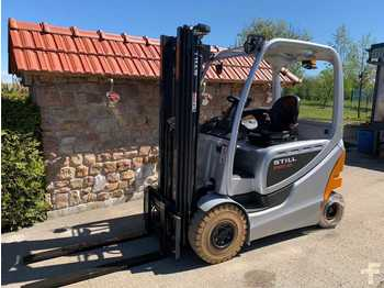 "4-wheel front forklift Still RX60-25 in ""Silber"""