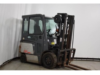 4-wheel front forklift TCM FB30-7