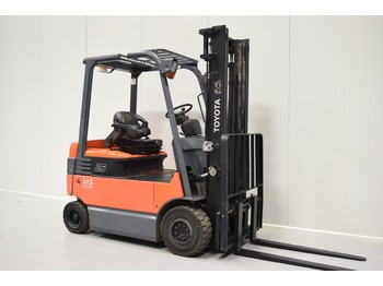 4-wheel front forklift TOYOTA 7FBMF25