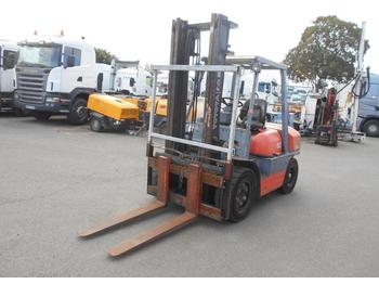 4-wheel front forklift Toyota 6FD35