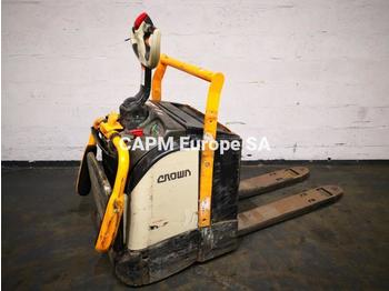 Pallet truck Crown WT3040