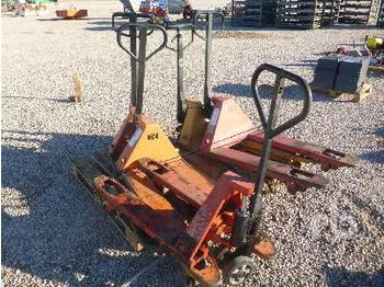 Pallet truck Qty of