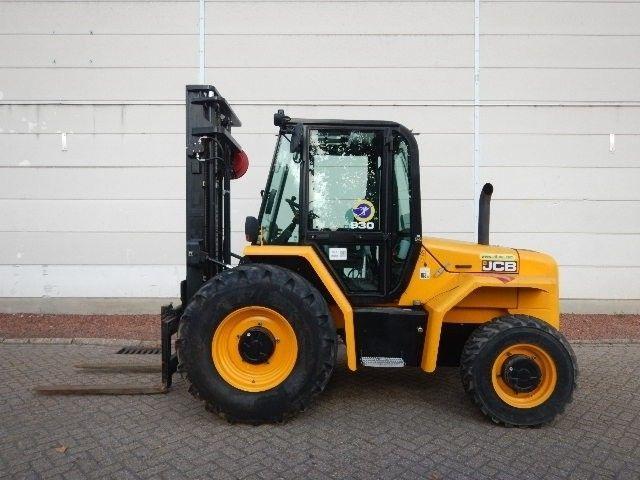 JCB 930 4 V20812 Rough Terrain Forklift From Belgium For