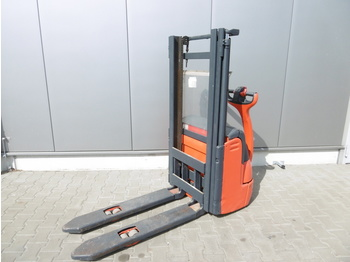 Stacker LINDE L 12