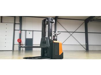Stacker Toyota BT SPE160L: picture 1