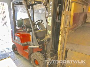 NISSAN PD01A15PQ - warehouse equipment