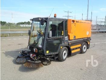 Schmidt SWINGO 250 Vacuum - makinë fshirëse e rrugëve