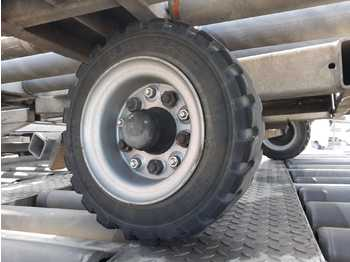 Ground support equipment wheels: picture 1