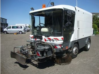 Ravo RAVO560 60KM STRAATVEEGMACHINE WITH REGISTRATION - مكنسة كهربائية