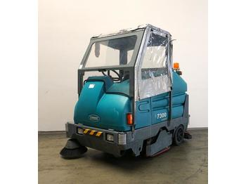 TENNANT 7300 - sweeper