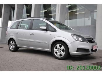 Auto Opel Zafira