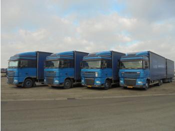 Plachtový nákladní auto DAF FAR 105.410 6X2 COMBI