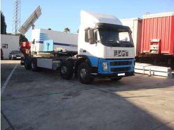 VOLVO FM12 380 left hand drive 8X2 - podvozek s kabinou