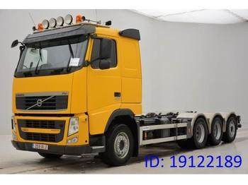 Podvozek s kabinou Volvo FH13.400 - 8x4