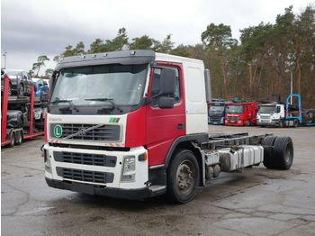 Volvo FM12 380 Chassis fur Autotransporter  - podvozek s kabinou