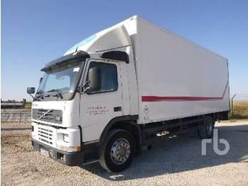 VOLVO FM7 - skříňový nákladní auto