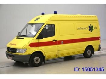 Vozilo hitne pomoći Mercedes-Benz Sprinter Sprinter 312D Ambulance