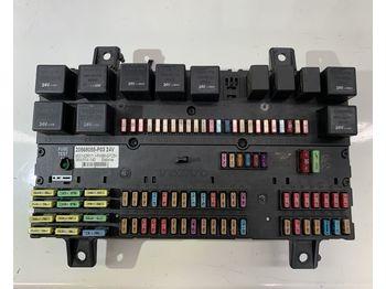 VOLVO 20568055-P03 - zekeringkast