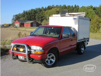 Chevrolet S10 2.2 Pickup (120hk) -02  - car