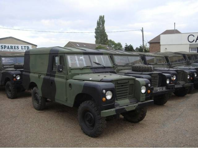 land rover defender army car from belgium for sale at truck1 id 622623. Black Bedroom Furniture Sets. Home Design Ideas