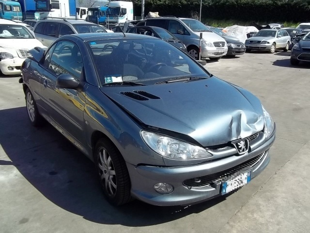 peugeot 206 206 cc cabrio car from italy for sale at. Black Bedroom Furniture Sets. Home Design Ideas