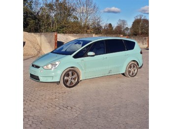 Car Ford S-max Van 2,0 TDCI