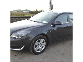 Opel Insignia - car