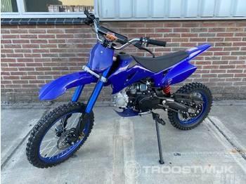 KXD Moto 125 - motorcykel