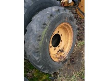 CASE 580K - rrotat/ gomat