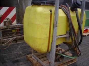 Jessernigg CX880 - järelveetav pritsija