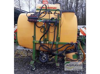 Traktorilt tõusev pritsija Amazone UF 1200 15 M