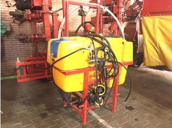Traktorilt tõusev pritsija Jarmet P128 400 liter 3-Punts Veldspuit