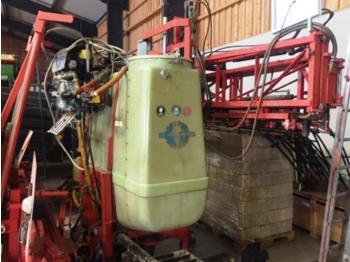 Traktorilt tõusev pritsija Schmotzer 1000 Liter, 15m, Einspülschleuse