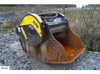 Žlica za bager MB BF 90.3 S3 Lite used crushing bucket with coupling.