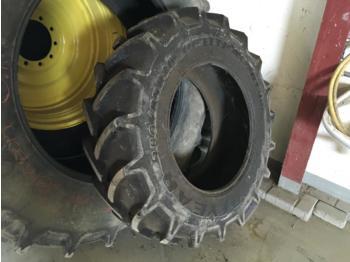 Goodyear 380/85R28 - гума