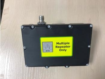 John Deere RTK Repeater - систем за навигација
